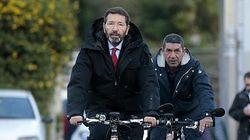Marino forte dell'appoggio di Renzi e Boschi passa