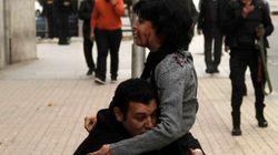 Egitto, attivista uccisa muore fra le braccia del marito