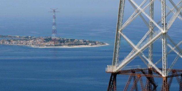 Ponte sullo Stretto di Messina, sul Def compare un finanziamento da quasi 1,3 miliardi alla società....