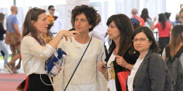 Expo, Agnese Renzi in visita privata con le amiche. Visita spazio Save The Children e consiglia ai bambini...