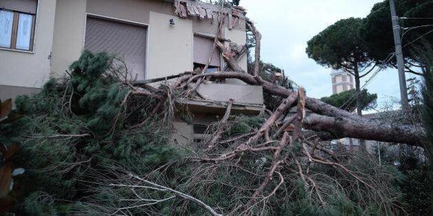 Maltempo, la Toscana la più colpita: un morto in provincia di Lucca. Morta anche una donna a