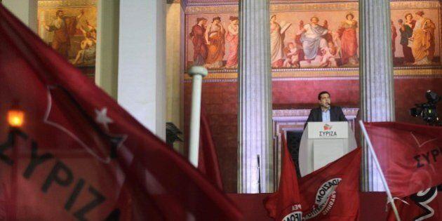 Grecia, Alexis Tsipras vincitore non spaventa troppo i mercati. Borse in lieve calo in avvio, euro debole...