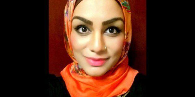 Donna musulmana a bordo di un aereo United Airlines, le negano una lattina di Coca-Cola: