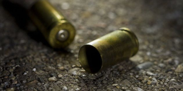 Poliziotto in servizio a un seggio elettorale di Verona si spara alla testa per una lite con la