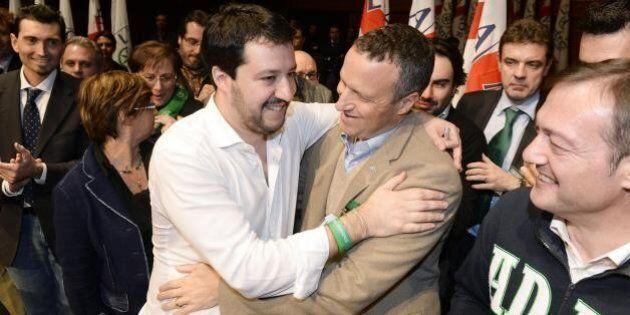 Lega Nord, unico partito in crescita nei sondaggi. Maroni lancia Tosi. Il Carroccio di Salvini si