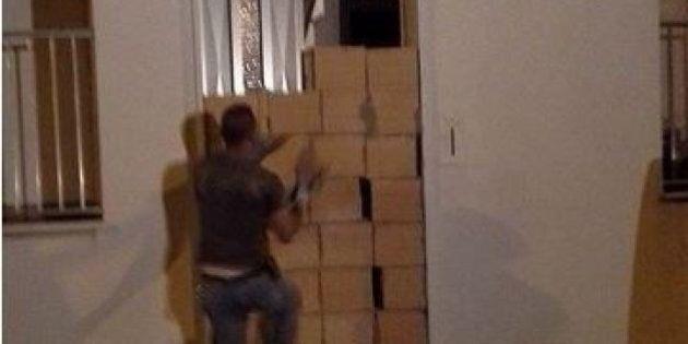 Ragusa, famiglia si fa murare in casa per evitare lo sfratto. Il messo giudiziario entra dalla