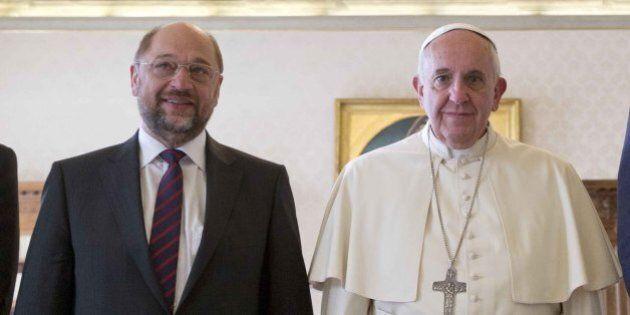 Papa Francesco, l'ultimo rivoluzionario del Sudamerica, in visita al Parlamento Ue. Dai campesinos ai