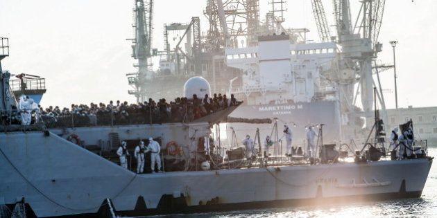 Immigrazione: 85 mila arrivi dall'inizio dell'anno. Il governo raddoppia i Centri per la richiesta di...