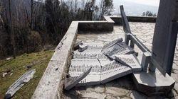 Sant'Anna di Stazzema, una tempesta di vento distrugge il monumento alle vittime (FOTO,