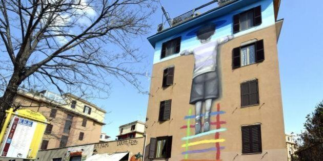 Street art a Tor Marancia: 20 artisti dipingono le facciate delle case popolari del quartiere romano