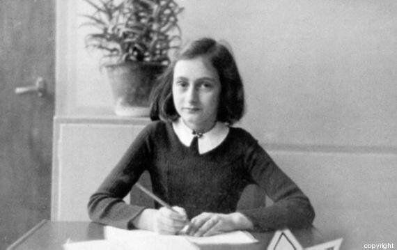 Giornata della memoria, le 10 frasi più belle tratte dal diario di Anna Frank per non
