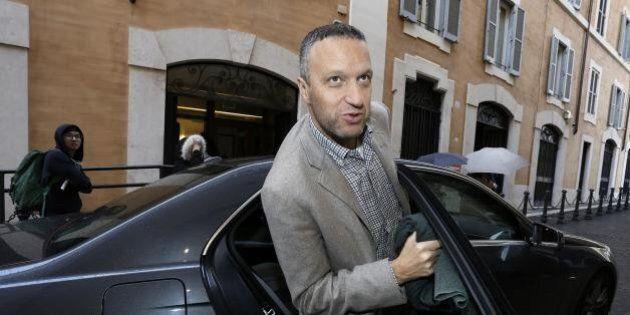 Flavio Tosi fuori dalla Lega Nord da martedì in maniera automatica. Il sindaco di Verona non lascerà...