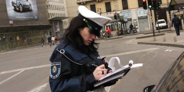 Multa stradale, Maurizio Lupi contro i Comuni che gonfiano le spese di notifica delle