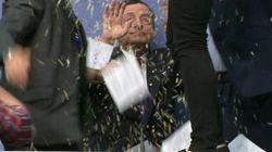Blitz alla conferenza stampa di Draghi. Il presidente
