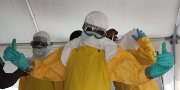 Ebola, operatori umanitari coraggiosi, non