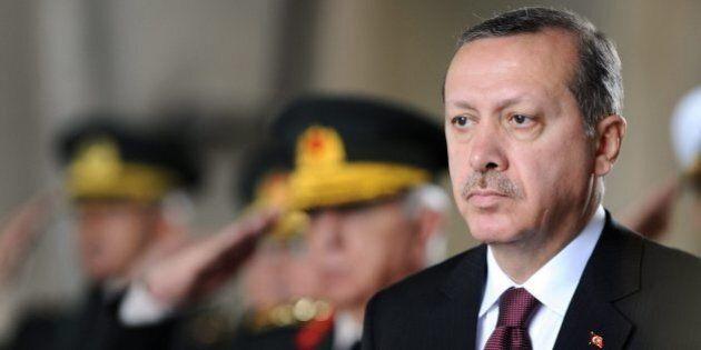 Genocidio armeni, Erdogan minaccia: