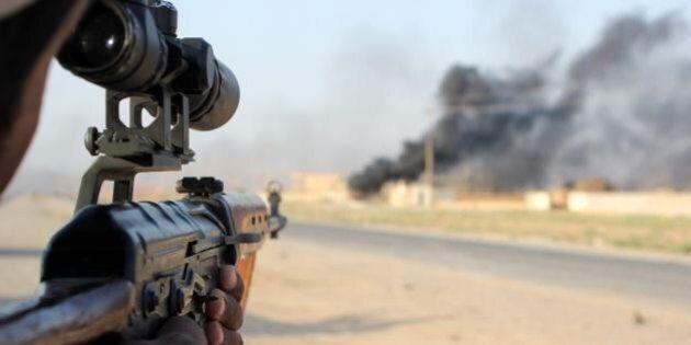 Iraq, armi ai peshmerga curdi. Roberta Pinotti: