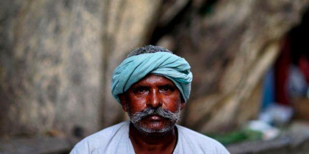 India, uomo invita a cena lo stupratore della figlia. Poi lo tortura e lo uccide