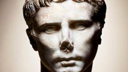 Imperatori e divinità femminili di Olivier Roller. La mostra che nasce dal dialogo tra foto e