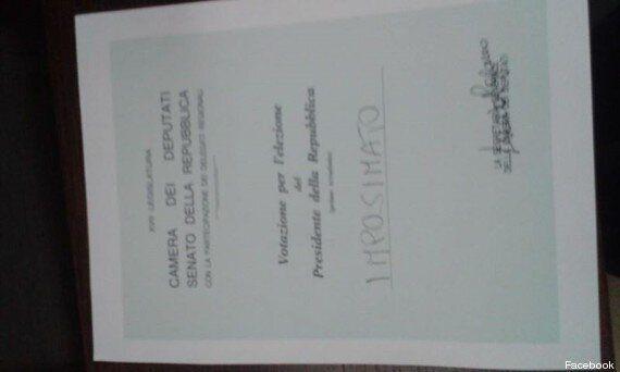 Quirinale, Barbara Lezzi su Twitter fotografa la scheda elettorale con scritto il nome di