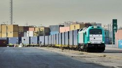 Arriva il treno merci diretto