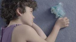 Il regalo del papà al figlio transgender: l'amore non conosce
