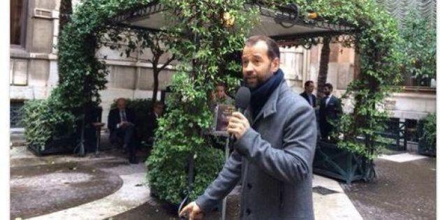 Fabio Volo si imbuca come giornalista alla Camera per l'elezione del Presidente della Repubblica. Viene...