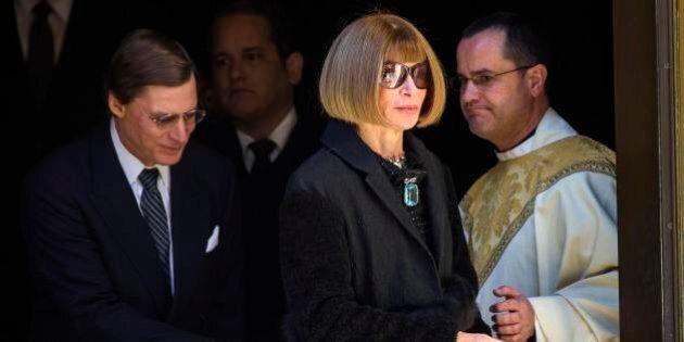 Oscar De La Renta, ai funerali dello stilista il gotha della moda e non solo: Valentino, Anna Wintour,...