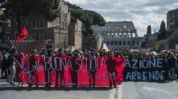 Scuola, cortei in tutta Italia contro la riforma Renzi-Giannini
