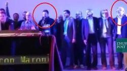 Salvini, che stecche! Il leader della Lega canta