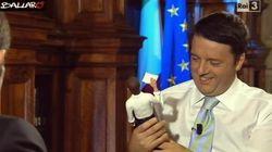 Renzi riceve la statuetta