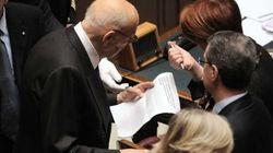 Giorgio Napolitano legge L'Huffington
