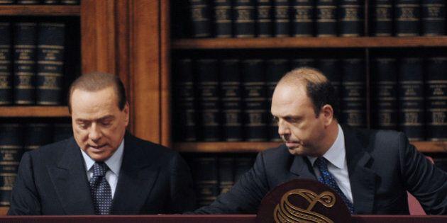 Quirinale: Alfano voterà Mattarella alla quarta, Berlusconi scheda bianca. La retromarcia dei due
