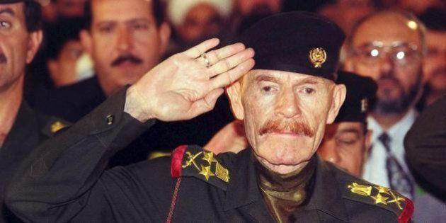 Iraq, ucciso al Douri, ex vice di Saddam, stratega Isis. Truppe resistono a Ramadi, decine di migliaia...