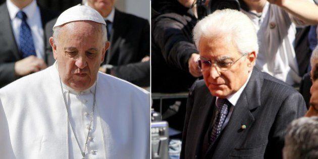 Papa Francesco e Sergio Mattarella, prima volta faccia a faccia. Al centro dell'incontro i migranti,...