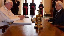 Mattarella e il Papa bacchettano la Ue: