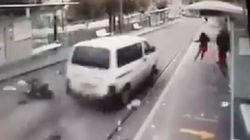 Gerusalemme est, i momenti dell'attentato alla pensilina del tram