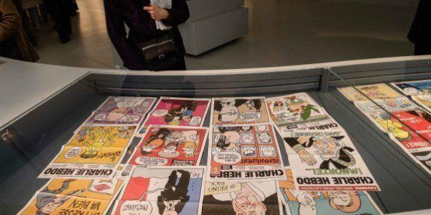 Charlie Hebdo rinvia il nuovo numero per troppo stress. I giornalisti: