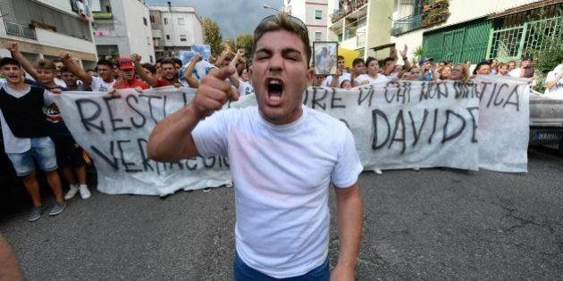 Davide Bifolco, ragazzo ucciso a Napoli, la mamma al corteo di protesta: