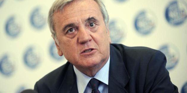 Responsabilità civile dei magistrati, Maurizio Sacconi si dimette da capogruppo: