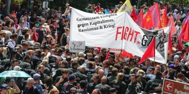 G7, non solo antagonisti. In marcia contro il vertice anche conservatori e cattolici. Sfilano gli ambientalisti...
