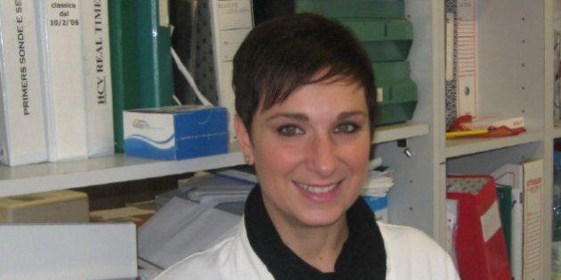 Fondazione Veronesi Grant 2015, la biologa Laura vince la seconda borsa di ricerca: potrà studiare l'epatite...