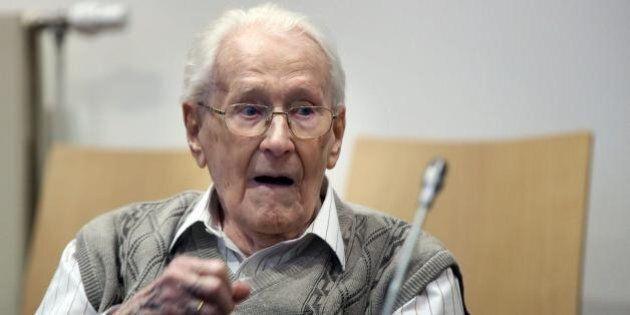 Auschwitz, Oskar Groening a processo per lo stermino degli ebrei: