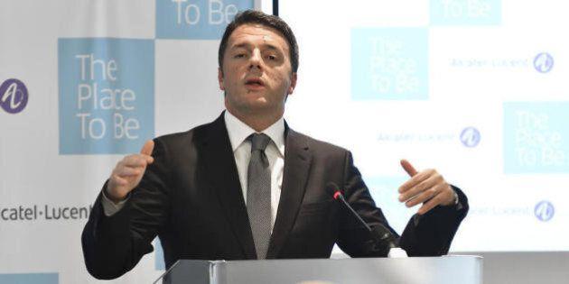 Italicum, Renzi insiste: Berlusconi impari dal caso Consulta. E stasera speech in streaming dalla cena...
