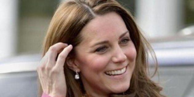 Kate Middleton e il Royal Baby: boom di vendite per il vestito premaman della Duchessa di Cambridge