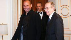 Varoufakis vede Padoan e chiede tempo fino a