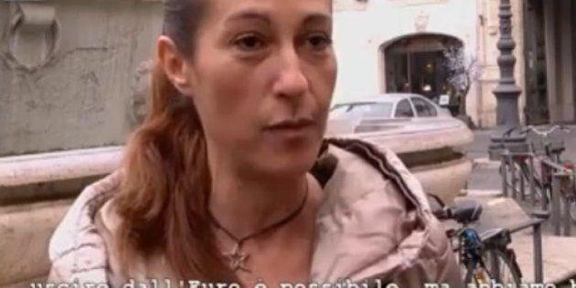 Spot Movimento 5 Stelle per l'uscita dall'Euro. Paola Taverna