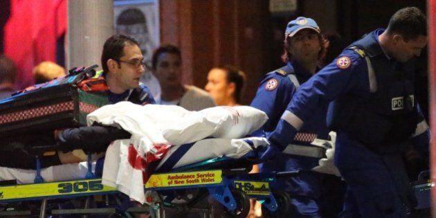 Sydney ostaggi. L'incubo finisce dopo 16 ore di assedio. Blitz della polizia: uccisi il sequestratore...