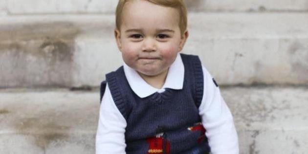 Kate Middleton per George sceglie un vestito low cost: solo 142 euro per l'outfit del principino