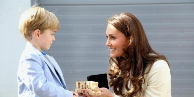 Kate Middleton visita gli studios di